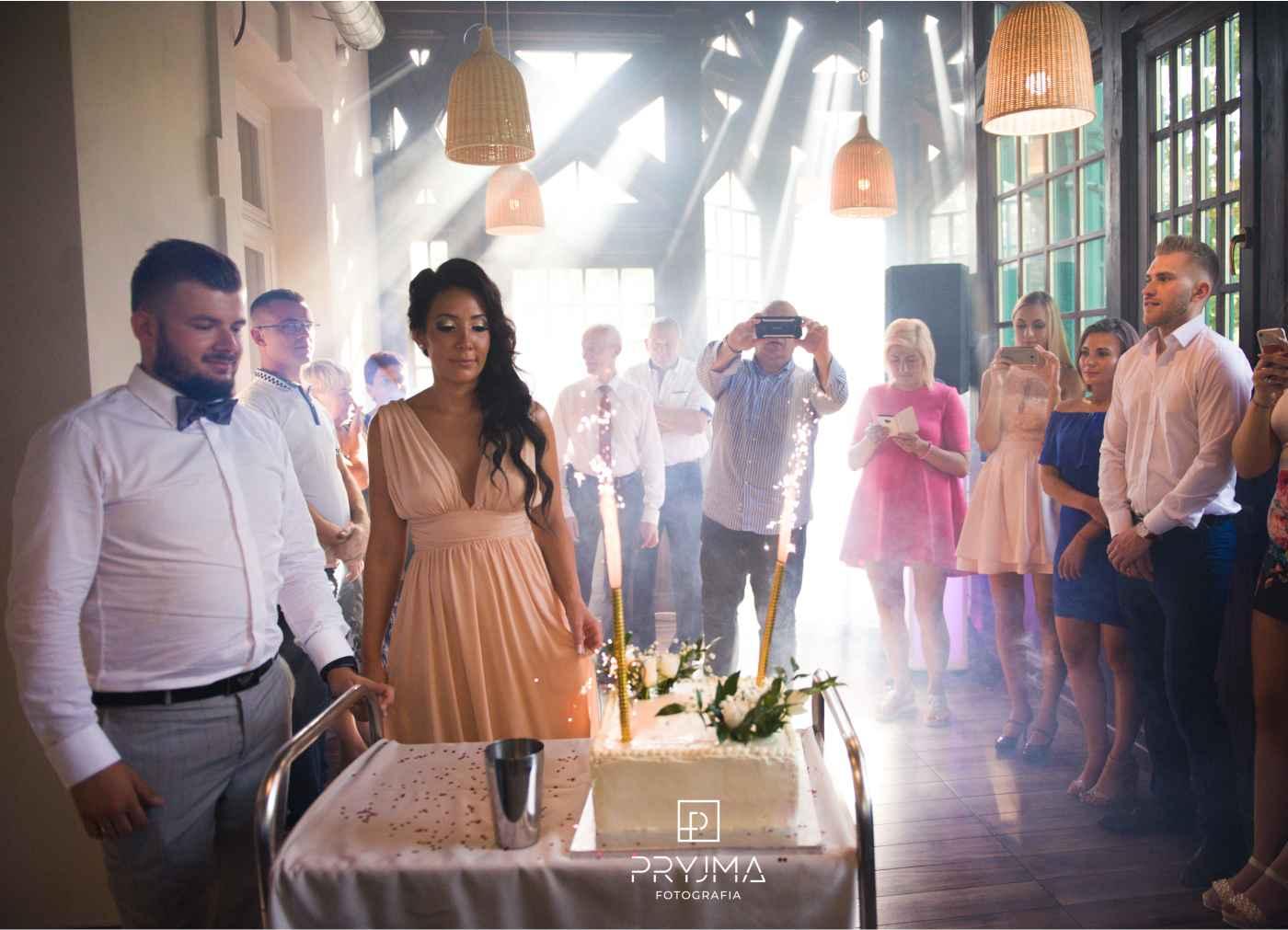 Przyjęcie weselne Ali i Ernesta Restauracja Lawendowa w Oleśnicy DJ Raf-Party