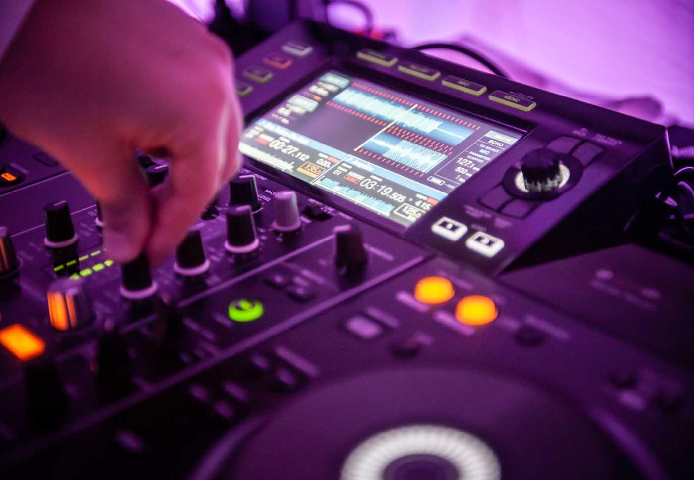DJ na imprezę firmową Oleśnica, impreza firmowa Oleśnica, impreza integracyjna Oleśnica DJ Raf-Party