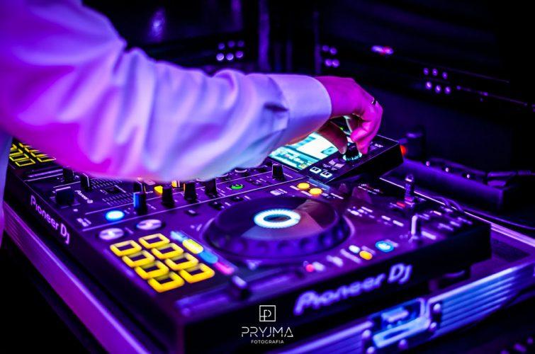 Charytatywny Bal Ostatkowy 2020 dla Tosi i Frania Świetlica Świerznej DJ Raf&Mike