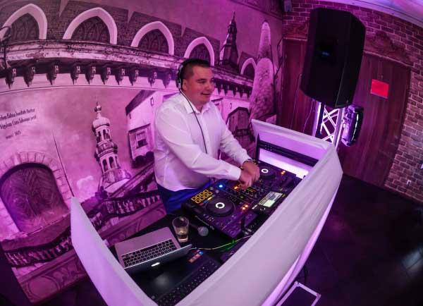 DJ Oleśnica, DJ na imprezy Oleśnica, DJ Na Wesele Oleśnica DJ RAF-PARTY