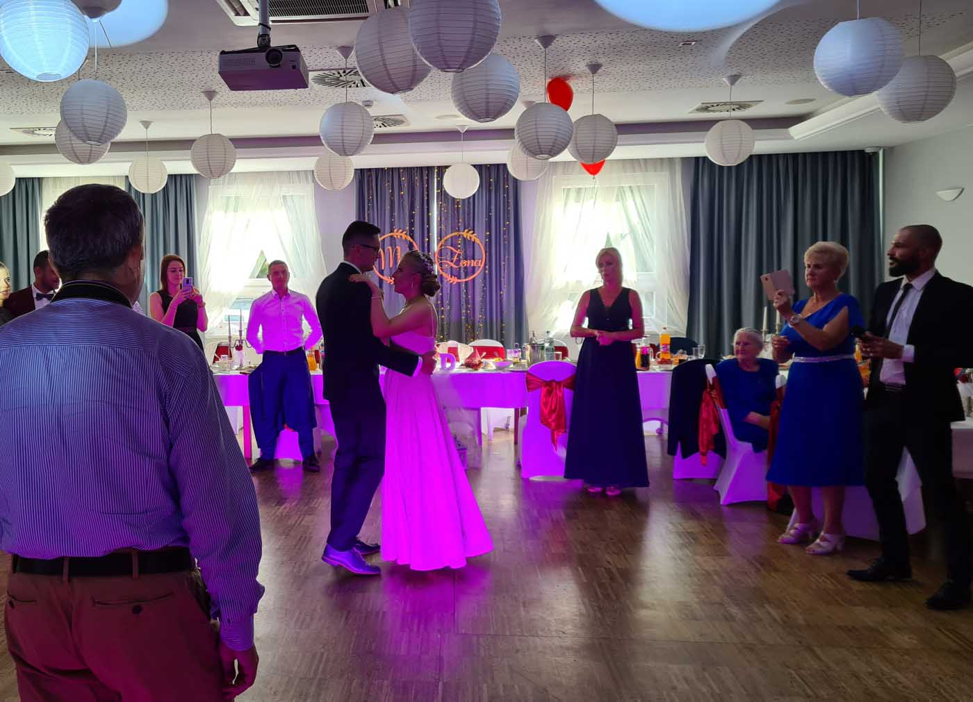 Przyjęcie weselne Darii i Dawida Restauracja Garden Oleśnica, dj na wesele, oprawa muzyczna wesela, DJ Oleśnica, DJ na wesele Oleśnica, Muzyka na wesele Oleśnica, Garden Oleśnica, Wesele Oleśnica