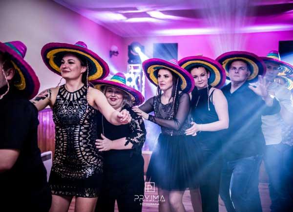 dj na imprezę Trzebnica, dj na wesele Trzebnica, dj na urodziny Trzebnica, dj na osiemnastkę Trzebnica, dj na andrzejki Trzebnica, dj na sylwestra Trzebnica, dj na poprawiny Trzebnica, dj Trzebnica, wodzirej Trzebnica, DJ Raf-Party